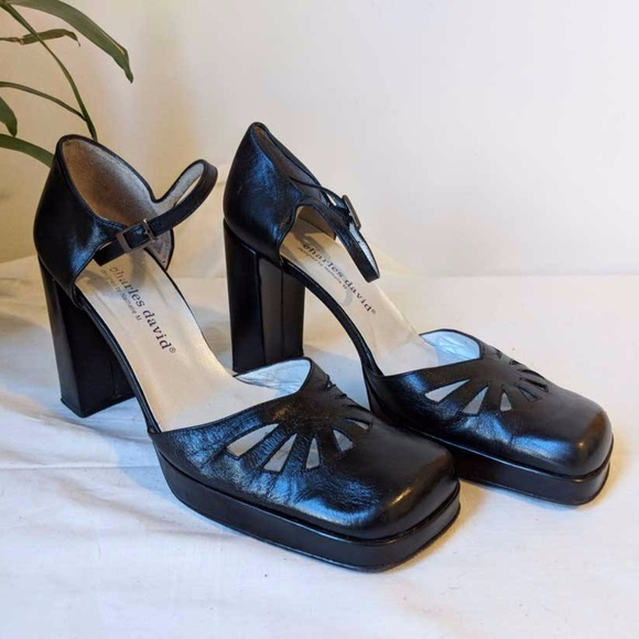 882b861756dc0 90s Ankle Strap Mary Jane Heels Square Toe 8.5